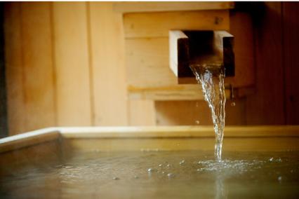 檜の露天風呂客室